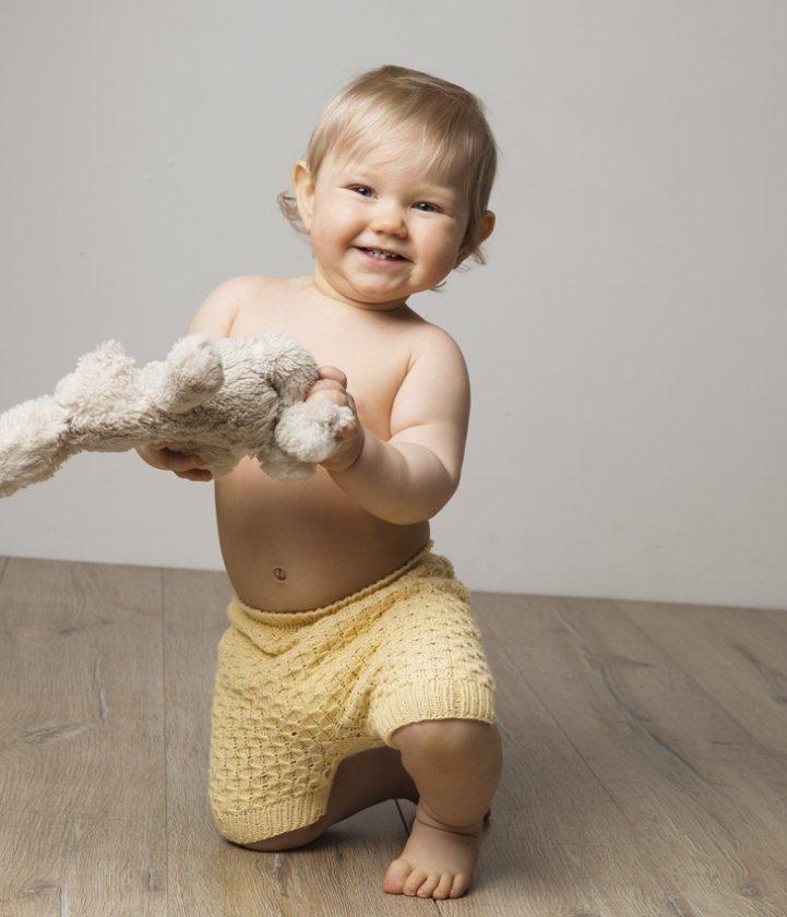 Kortbyxa till baby i Viking Bambino